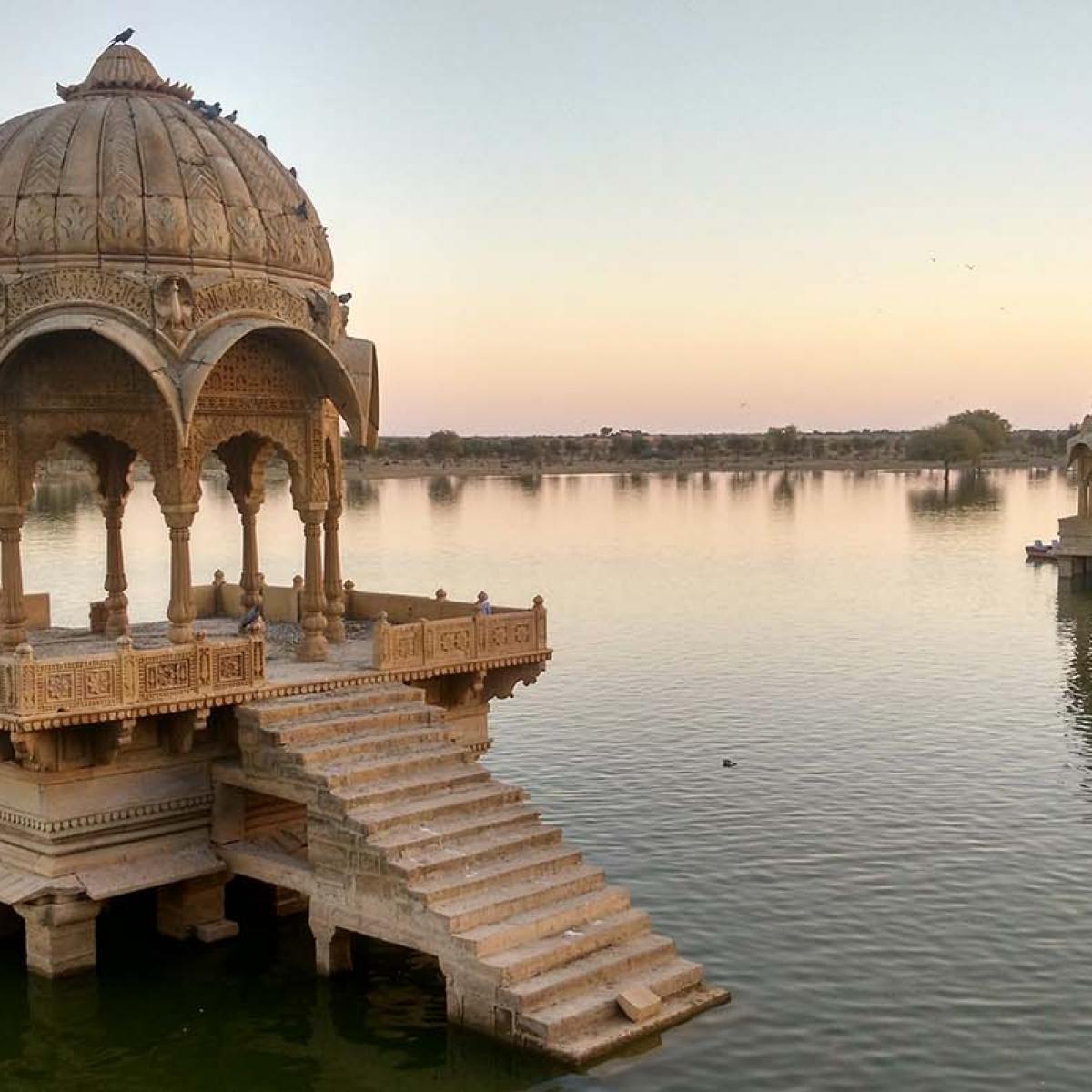 Lago Gadisar en Jaisalmer