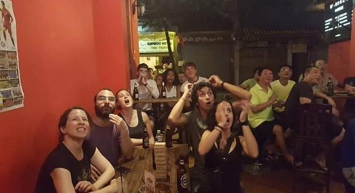 Hanoi_Partido España-Italia (se reconoce perfectamente a la italiana...)