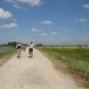 Tam Coc_Quique y Mary en bici (y Mairan estropeando la foto)