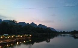 Vang Vieng & Vientian
